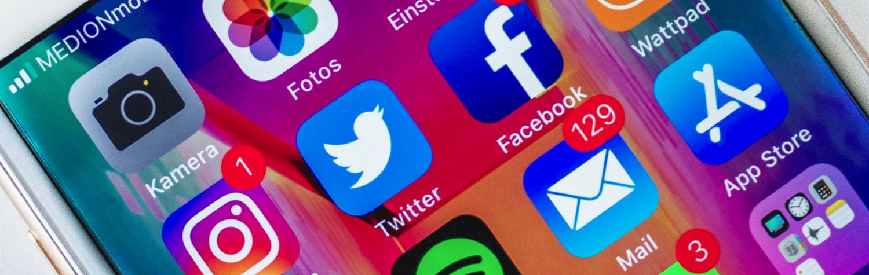 mobile_communications_speakers_photo_by_Sara_Kurfess