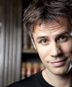 Richard Bacon Profile image